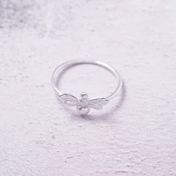 Sterling silver bumble bee ring