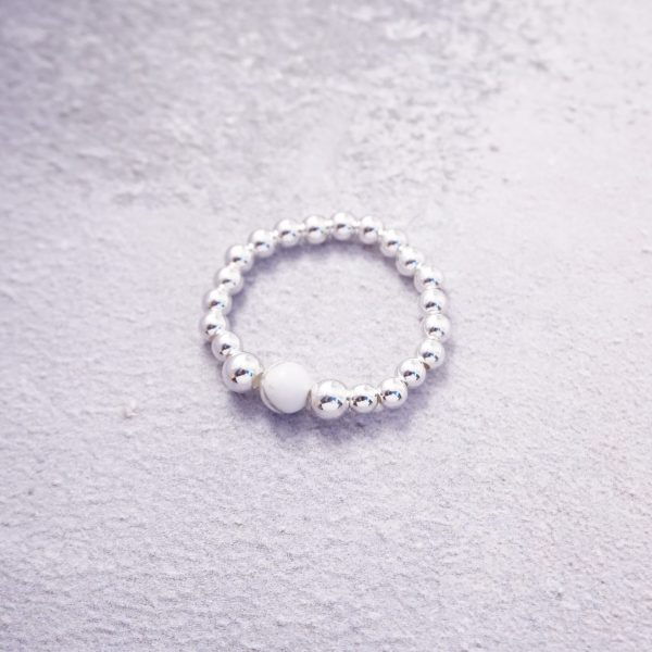 sterling silver pearl stretch ring